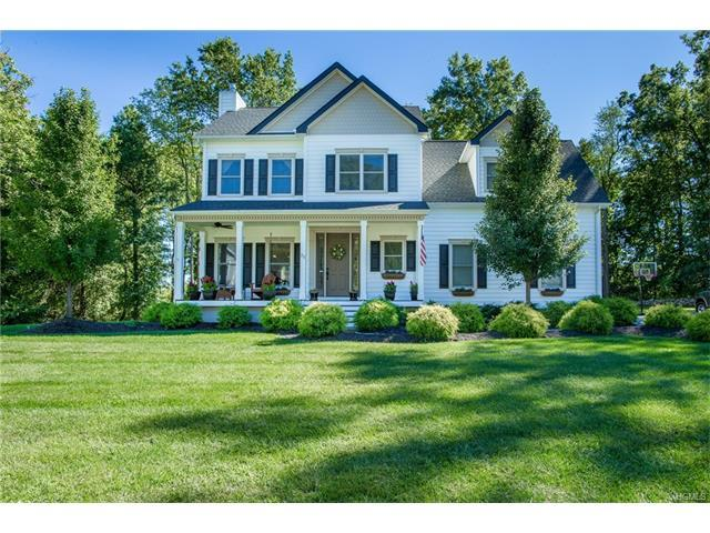 25 Briarwood Ln, New Windsor, NY 12553