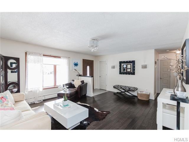 411 Lattintown Rd, Marlboro, NY