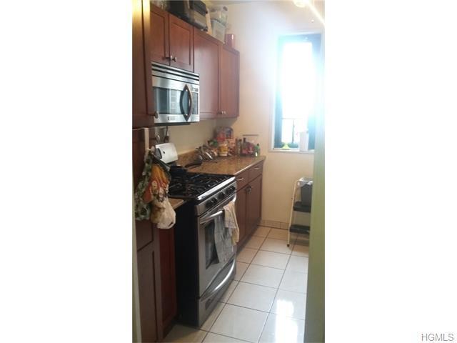 2059 Mcgraw Ave #APT 7H, Bronx NY 10462