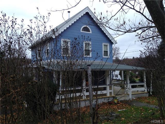 28 Albany Post Rd, Newburgh, NY 12550