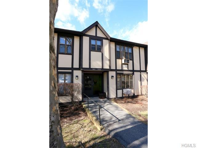 983 Sierra Vista Ln, Valley Cottage, NY 10989