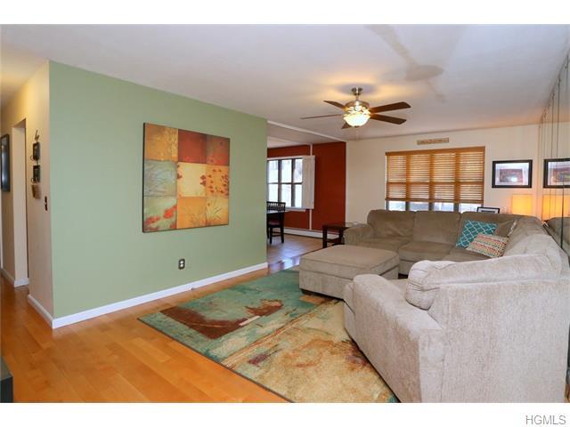 983 Sierra Vista Lane, Valley Cottage, NY 10989