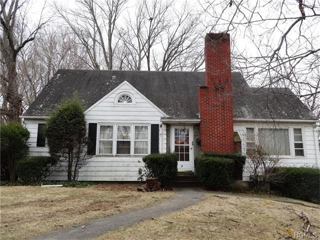 7 Brookside Dr, Wappingers Falls, NY