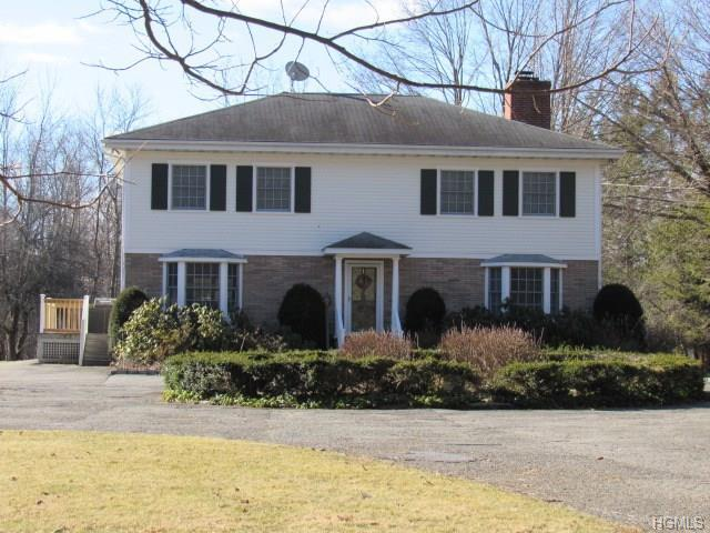 58 Gardner Hollow Rd, Poughquag, NY