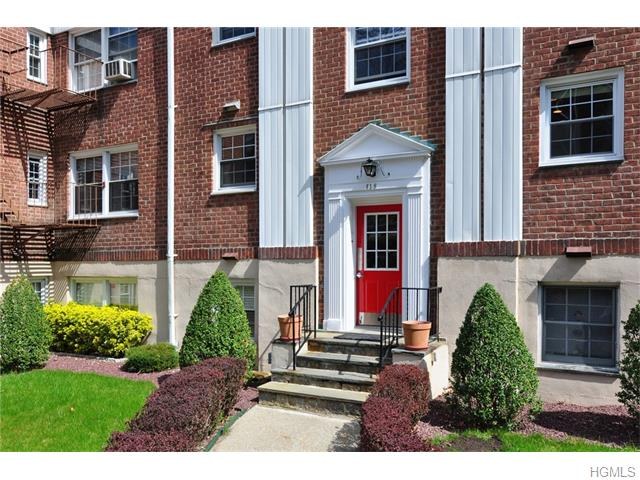 61 S Rockledge Road #1H, Yonkers, NY 10708
