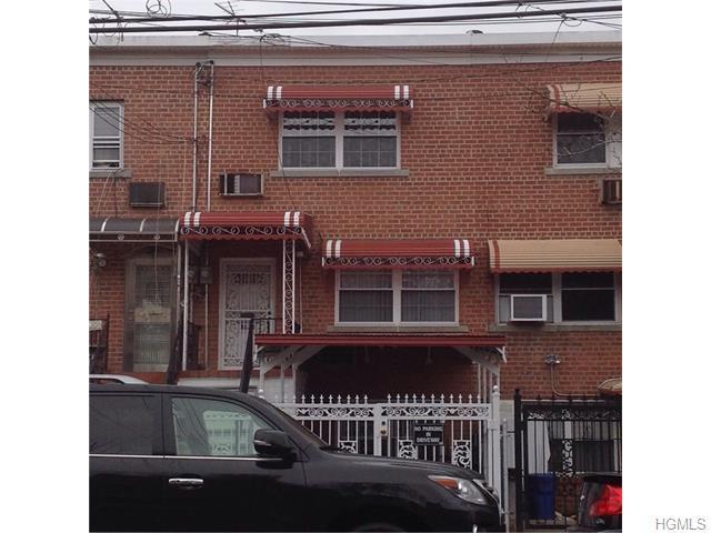 1039 E 213th St Bronx, NY 10469