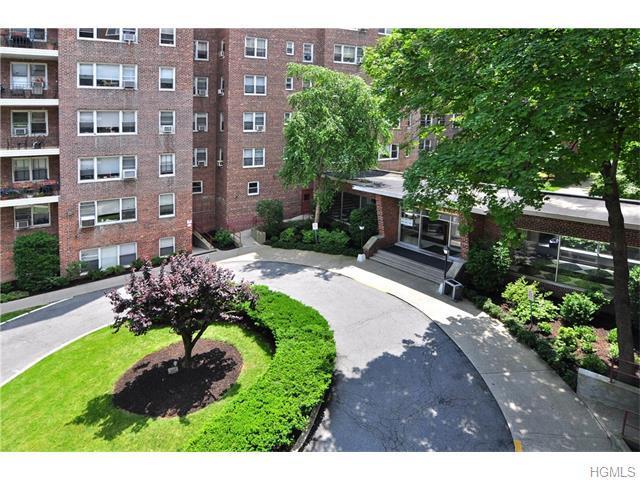 3850 Hudson Manor Ter #2GW Bronx, NY 10463