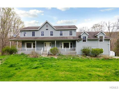 118 Deacon Smith Hill Rd, Patterson, NY 12563