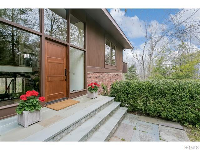 54 Cedar Hill Rd, Bedford, NY 10506