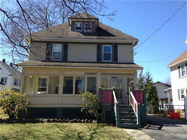 84 South St, Warwick, NY 10990
