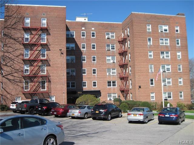 682 Tuckahoe Rd #2G, Yonkers, NY 10710