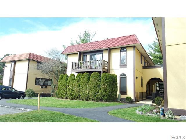 2 Granada Cres #10, White Plains, NY 10603