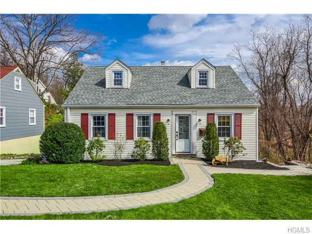 18 Southminster Dr, White Plains, NY 10604