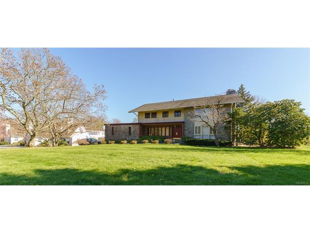 284 Soundview Ave, White Plains, NY 10606
