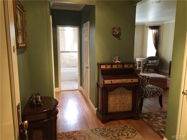 2 Overlook Road #1A1A, White Plains, NY 10605