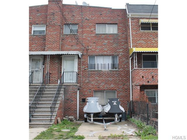 232 Soundview Ave, Bronx NY 10473