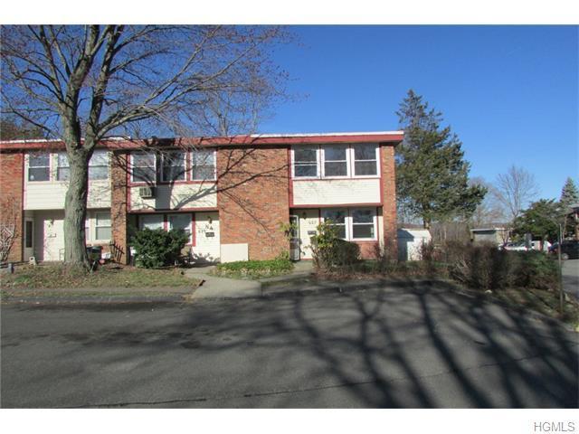 627 Kissam Rd, Peekskill, NY 10566