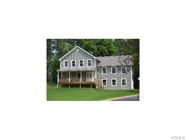73 Delavergne Ave, Wappingers Falls, NY