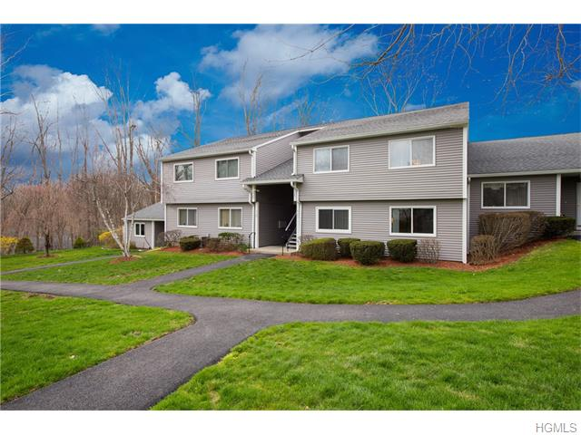 175 Long Hill Dr #APT C, Yorktown Heights, NY