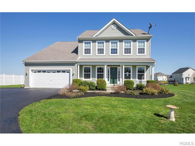 8 Orchard Heights Dr, Newburgh, NY