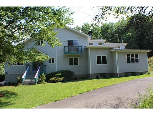 205 Hoslers Rd, Westtown, NY 10998