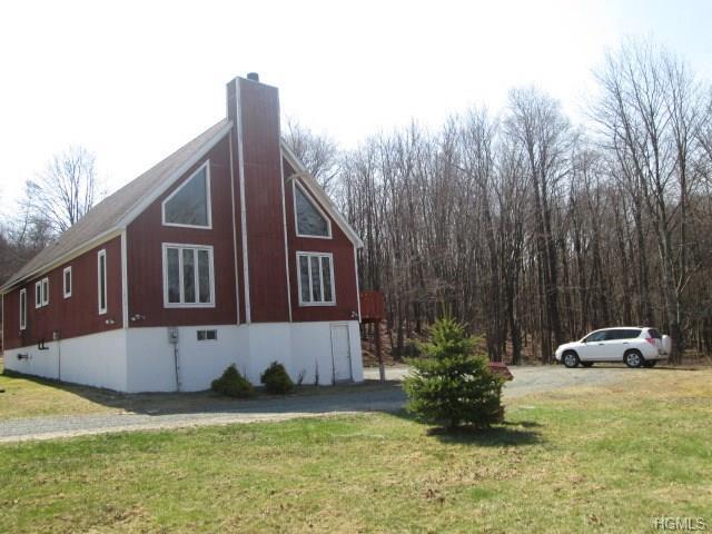 10 Schleiermacher Rd, Livingston Manor, NY 12758
