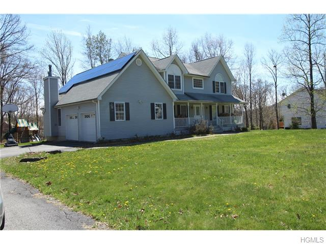 15 Country Hollow, Highland Mills, NY 10930
