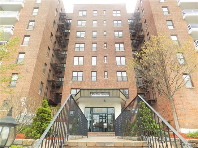 678 Warburton Ave #APT 4B, Yonkers, NY