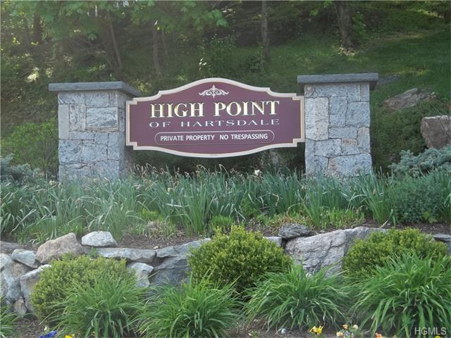 100 High Point Dr #514, Hartsdale, NY 10530