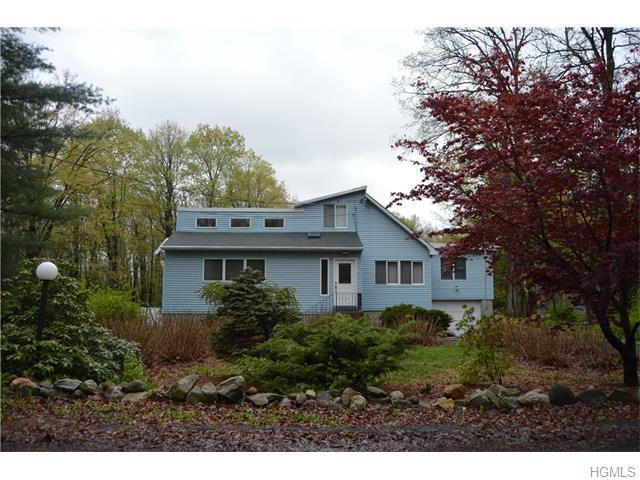 58 Starview Ave, Putnam Valley, NY 10579