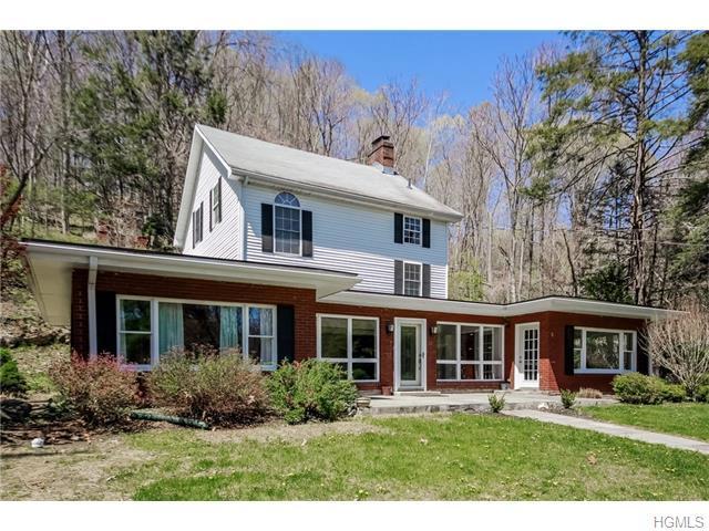 60 Carpenter Rd, East Fishkill, NY 12533