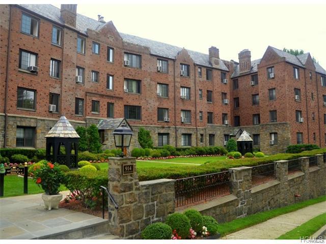 914 Wynnewood Rd #3R, Pelham, NY 10803