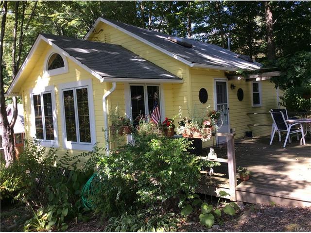185 Peekskill Hollow Rd #12, Putnam Valley, NY 10579