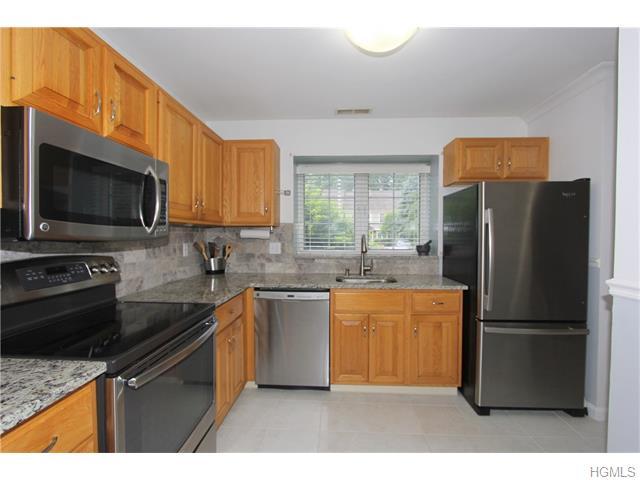 3903 Buttonwood Lane #3903, Carmel, NY 10512