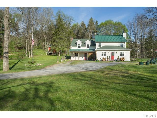 1223 Beekman Rd, Hopewell Junction, NY 12533