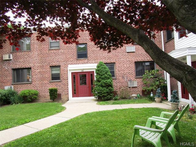 22 Lawrence Drive #D, White Plains, NY 10603