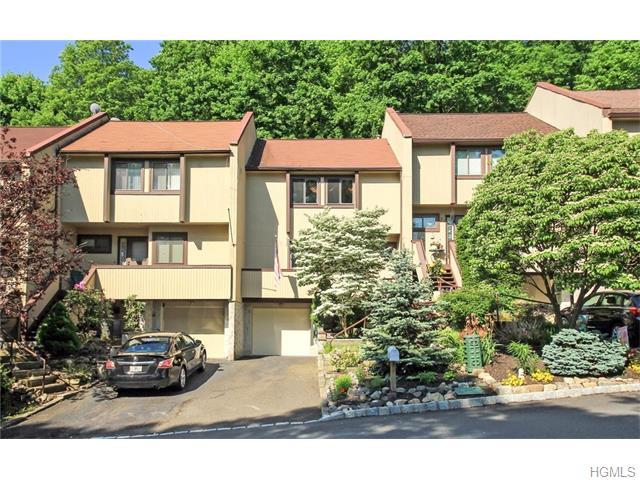 19 Rockledge Dr, Suffern, NY 10901
