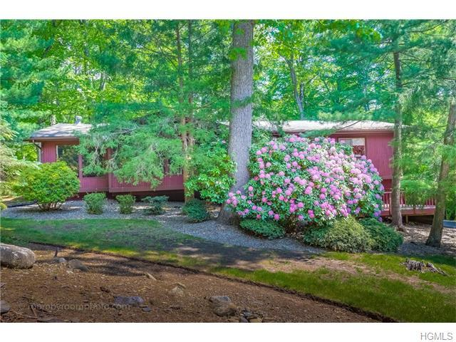 4 Catalina Ct, Suffern, NY 10901