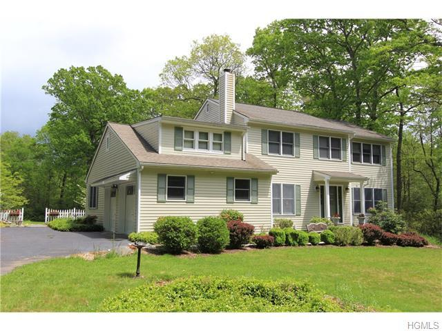 69 Lockwood Rd, South Salem, NY 10590
