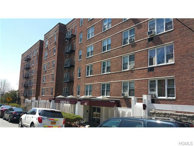42 Pine St #6M, Yonkers, NY 10701