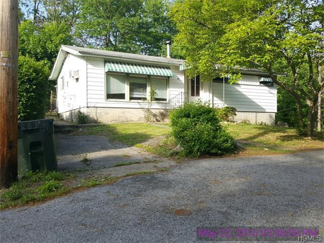 20 Walker Rd, Highland Falls, NY 10928