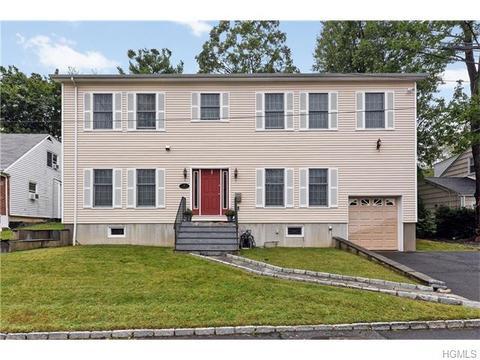 22 Winthrop Ln, Scarsdale, NY 10583