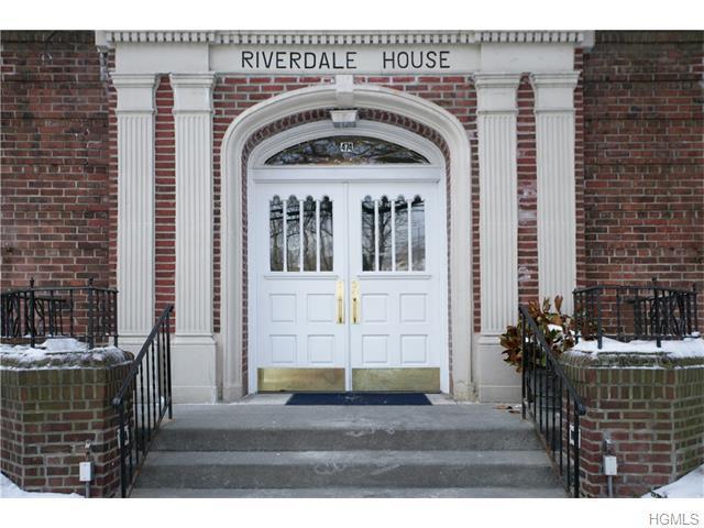 474 W 238th St #1C, Bronx, NY 10463