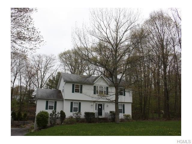 102 High View Dr, Carmel, NY 10512