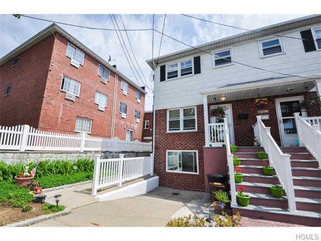3210 Barkley Ave, Bronx, NY 10465