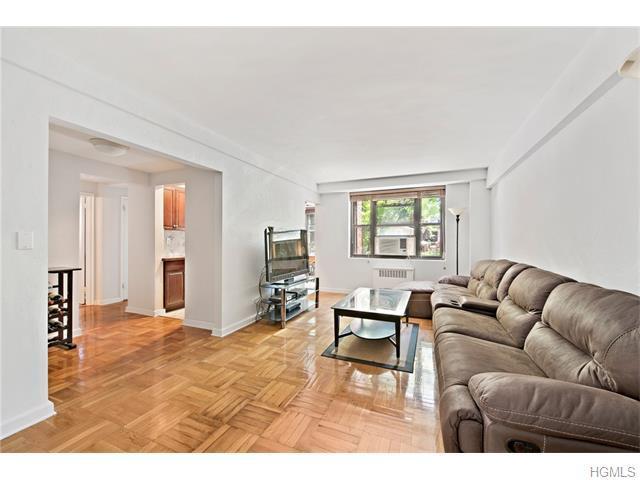 3103 Fairfield Ave #2E, Bronx, NY 10463