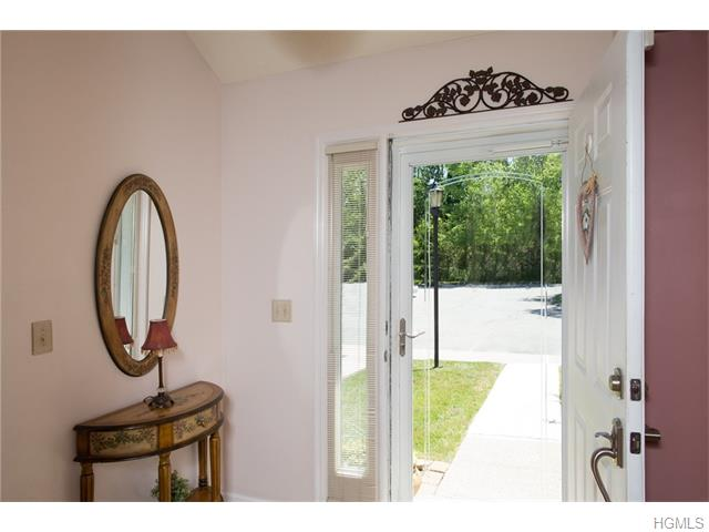 7 Timberline Trail, Pawling, NY 12564