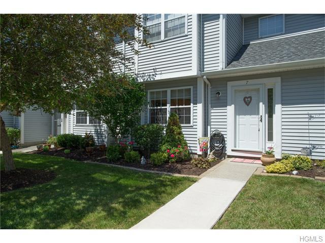 7 Timberline Trl, Pawling, NY 12564