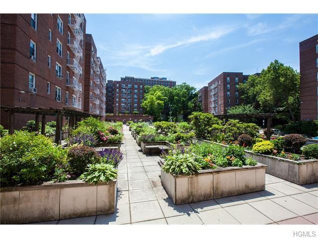 Loans near  Riverdale Ave D/E, Yonkers NY