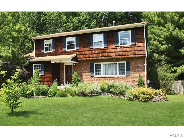 9 Woodland Terrace, Orangeburg, NY 10962